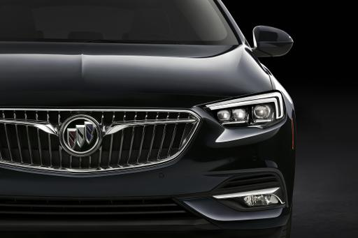 New Buick Regal GS Trades Turbo 4-Cylinder for V-6
