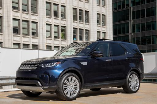2018 Land Rover Discovery Review: Splurge-Worthy Luxury, Capability
