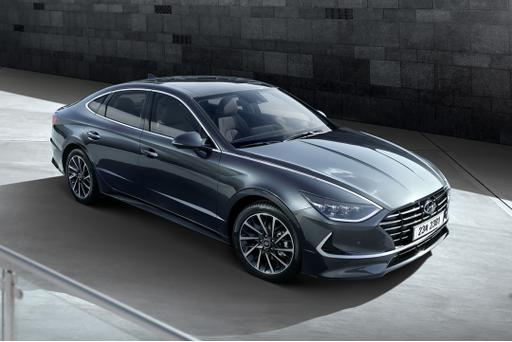 2020 Hyundai Sonata Gets Styling Redo (and It's So-nata Boring One)