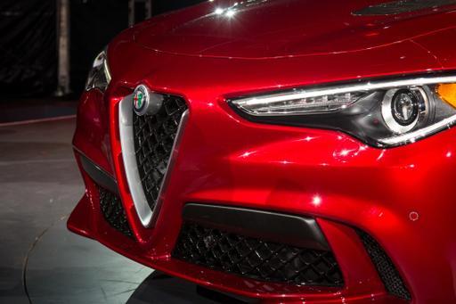2018 Alfa Romeo Stelvio Review: First Impressions