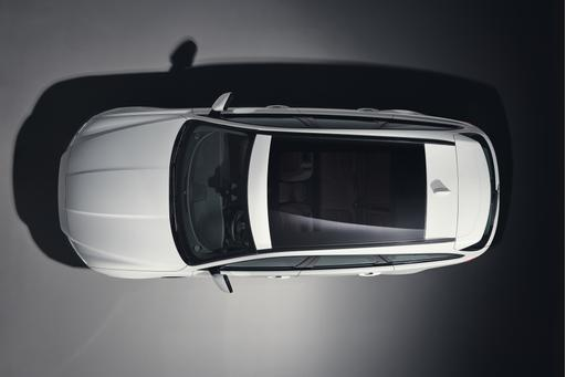 Jaguar Teases XF Sportbrake Ahead of Reveal