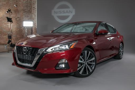 Nissan Altima Returns for 2019 With a New Engine, Safety-Tech Upgrades