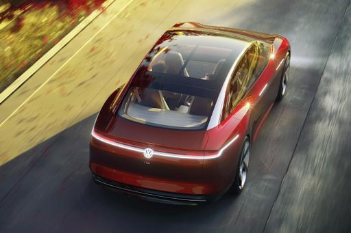 Volkswagen I.D. Vizzion Concept Debuts in Geneva