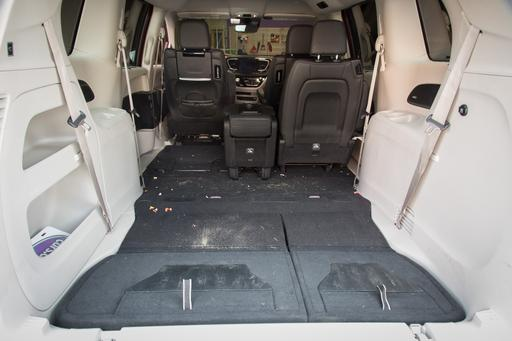How's Our Chrysler Pacifica's Interior Holding Up After 9 Months?