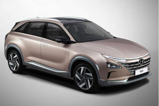 Hyundai Unveils Nexo Fuel-Cell SUV With New Driver Aids at CES