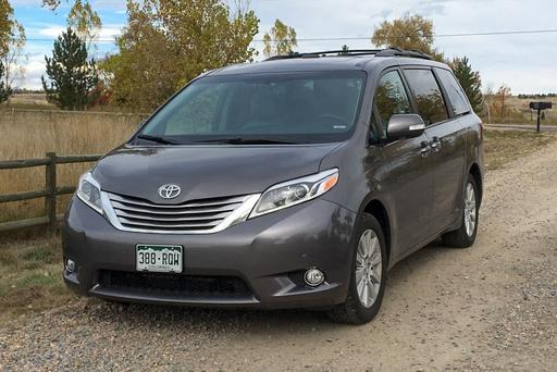 2005 Toyota Sienna Owner Test-Drives 2015 Sienna