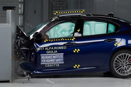 2017 Alfa Romeo Giulia Earns Top Safety Pick Plus Award