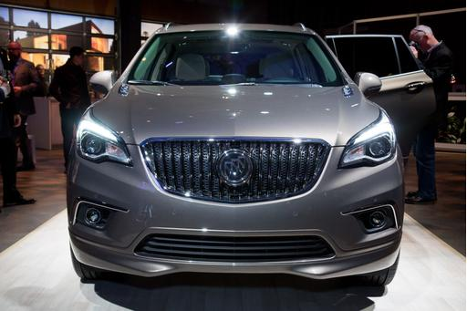 2016 Buick Envision Photo Gallery