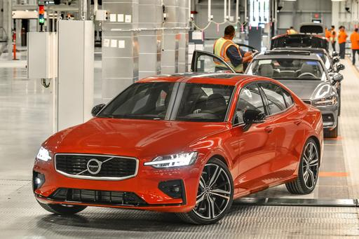 Carolina on Its Mind: Volvo Unveils 2019 S60, Pricing at First U.S. Plant