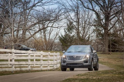 2018 Cadillac XT5: Luxury Compact SUV Challenge Gallery