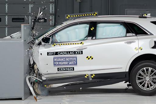 2017 Cadillac XT5 Earns IIHS' Top Safety Pick Plus Honor