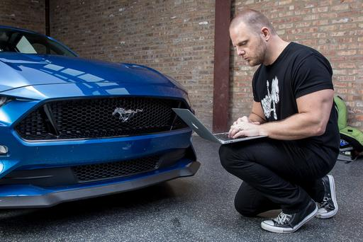 How Do Car Seats Fit in a 2018 Ford Mustang GT?
