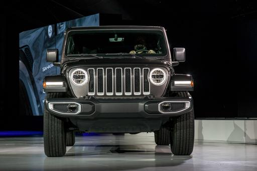 Photo Gallery: 2018 Jeep Wrangler Redesigned But Still Rugged