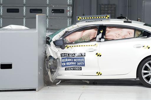 2018 Mazda6 Held Back by Headlights in IIHS Crash Ratings