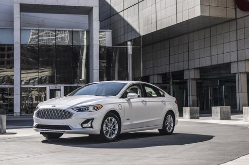 2019 Ford Fusion: Refreshed and Ready for New York Debut