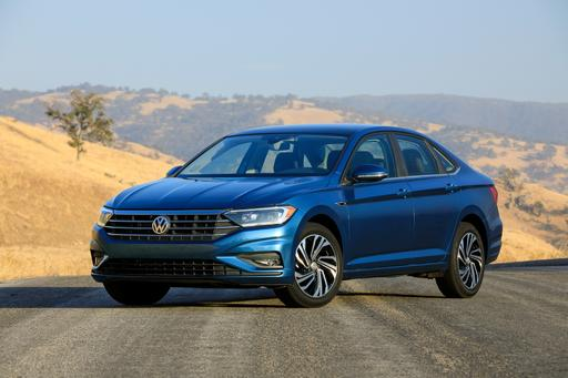 2019 Volkswagen Jetta Goes Classy to Stay Competitive