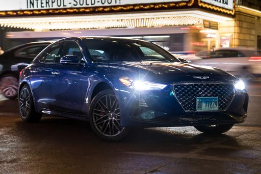 How the 2019 Genesis G70 Saves Date Night