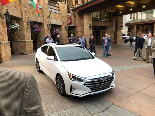 2019 Hyundai Elantra Gets Style Update, Safety Upgrade