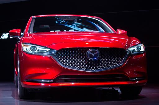 2018 Mazda6 Turbo's Mileage Keeps Pace With Competitors