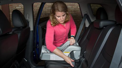 How Do Car Seats Fit in a 2018 Nissan Rogue?