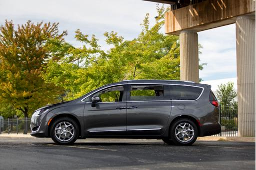 Chrysler Pacifica Passes Crash-Test Muster