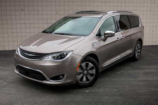 2017 Chrysler Pacifica Hybrid: Real-World Fuel Economy