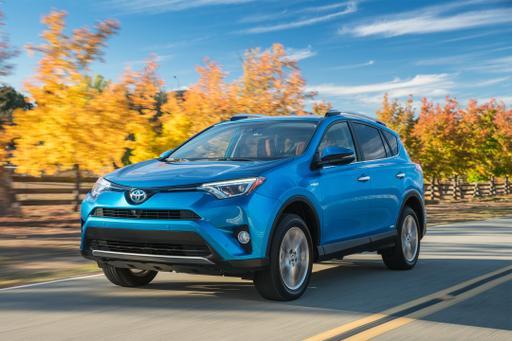 2016 Toyota RAV4 Hybrid: First Drive