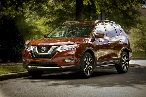 2019 Nissan Rogue Is a Safer Bet for the Same Money