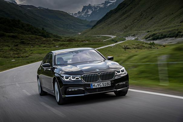 2017 Luxury Car of the Year: BMW 7 Series