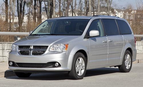 next chrysler minivans to get all wheel drive. Black Bedroom Furniture Sets. Home Design Ideas