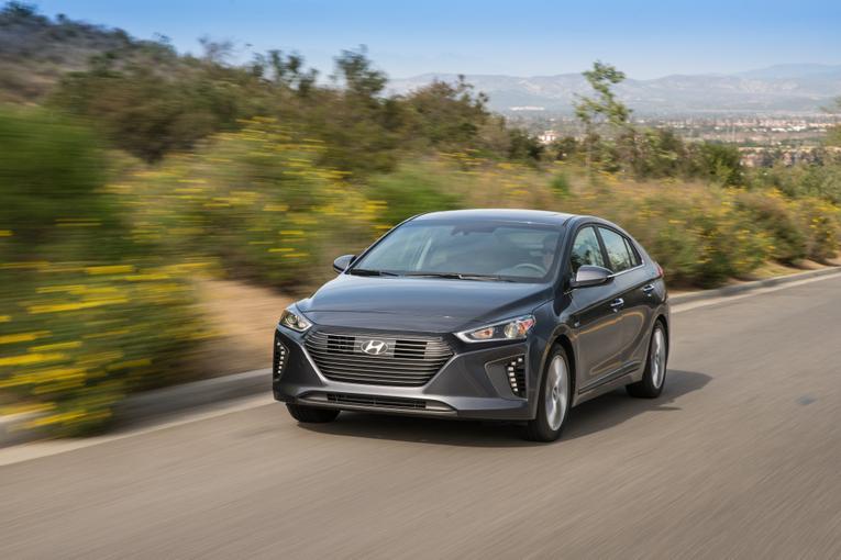 Original 2017 Hyundai Ioniq First Look