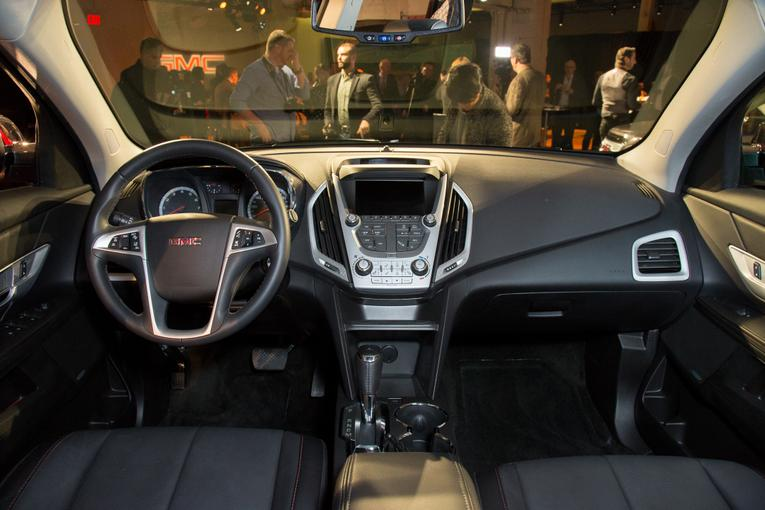 Updated 2016 GMC Terrain Shown Before New York Auto Show (50 Photos)