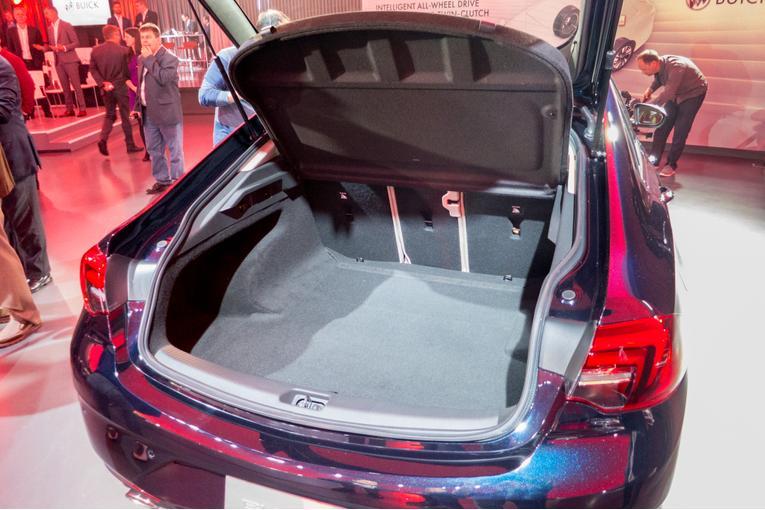 Popular 2018 Buick Regal Sportback TourX First Impressions