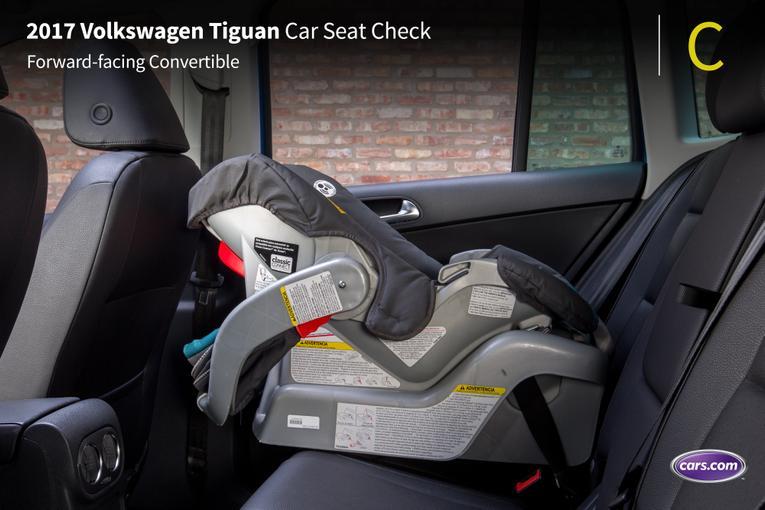 2017 Volkswagen Tiguan: Car Seat Check