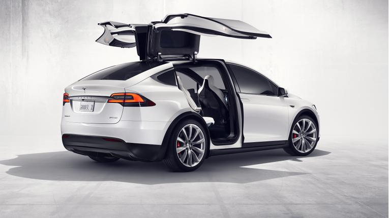 Tesla Reveals Full Details on 2016 Model X