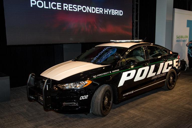 2018 Ford Police Responder Hybrid Sedan: Photo Gallery