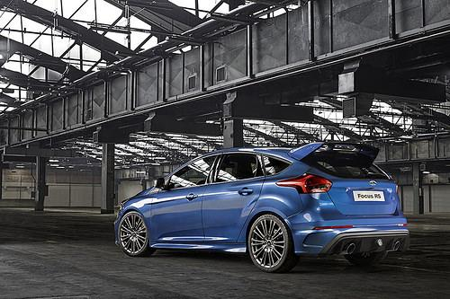 ford 39 s new focus rs packs power all wheel drive. Black Bedroom Furniture Sets. Home Design Ideas