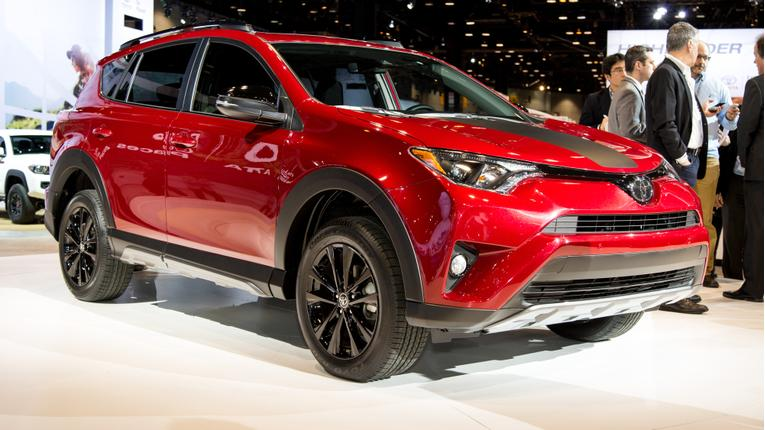 Amazing 2018 Toyota RAV4 Adventure Video Review  News  Carscom