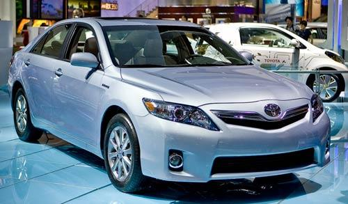 2010 toyota camry hybrid not recalled still on sale. Black Bedroom Furniture Sets. Home Design Ideas