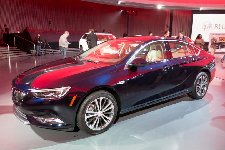 Perfect 2018 Buick Regal Sportback TourX First Impressions
