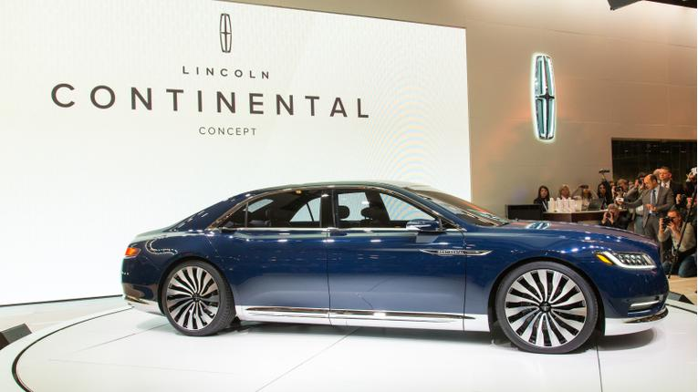 Lincoln Continental Concept Photo Gallery (36 Photos)