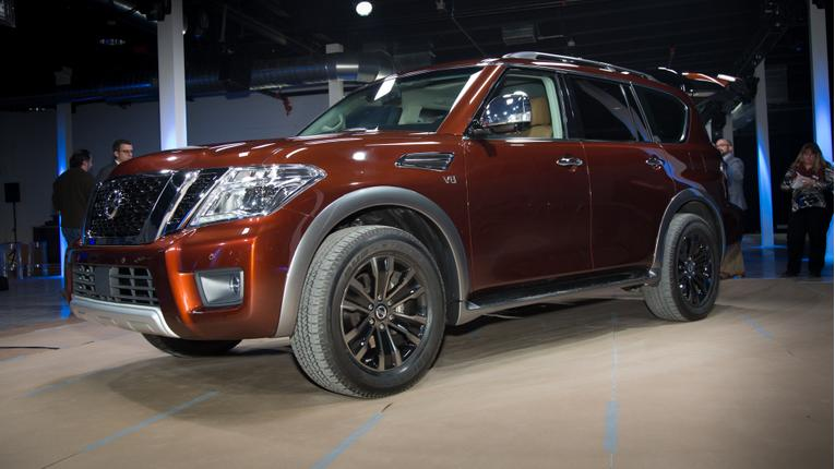 2017 Nissan Armada Photo Gallery