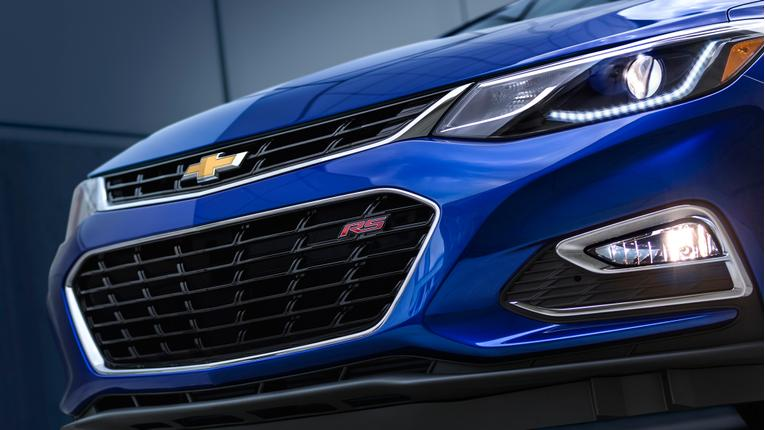 2016 Chevrolet Cruze: First Look