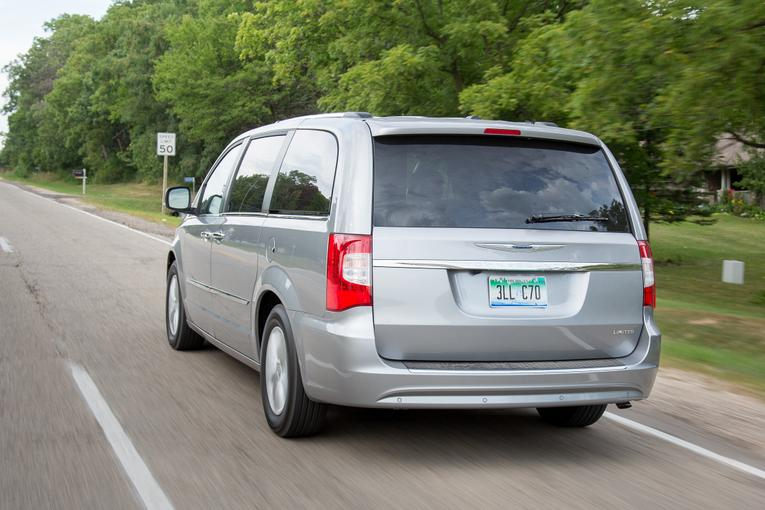 2015 Chrysler Town & Country;