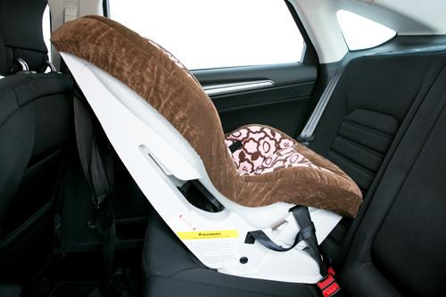 2013 ford fusion and fusion hybrid car seat check. Black Bedroom Furniture Sets. Home Design Ideas