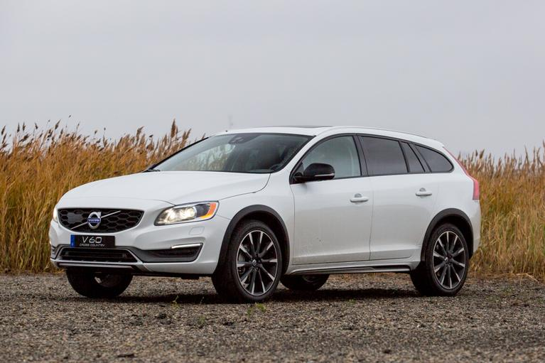 Our view: 2016 Volvo V60 Cross Country