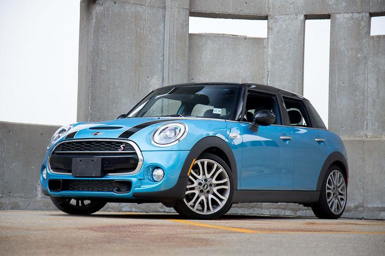 Our View: 2017 MINI Hardtop