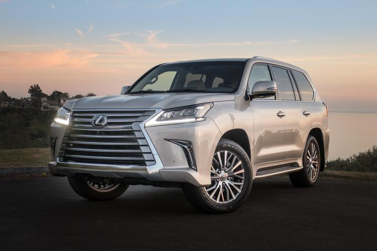 2018 Lexus LX 570 2-Row Review: Pay Less, Get More Space