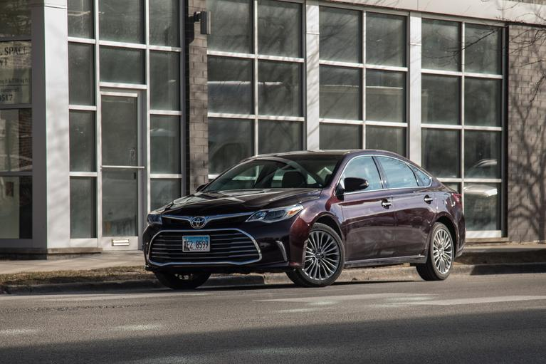 2018 Toyota Avalon Review: Wait Till Next Year