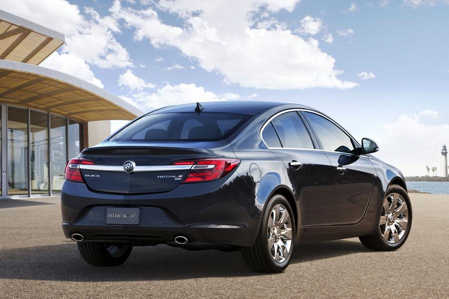 2014 Buick Regal Photo 4 of 18
